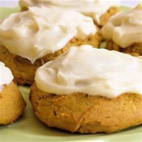 pumpkin cookies frosted pumpkin cookies recipe 187 bellissima