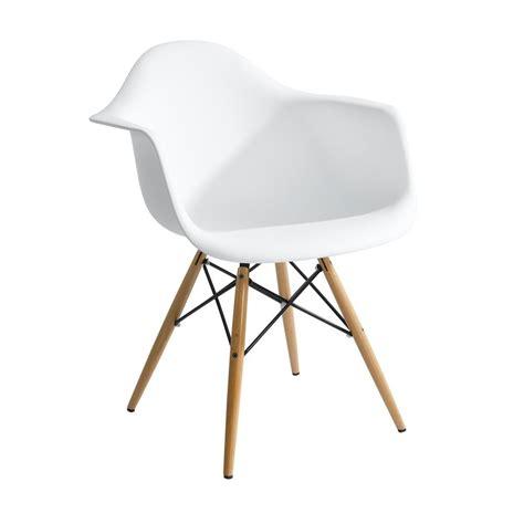Dining Room Chairs With Arms cadeira charles eames wood daw com bra 231 os design r