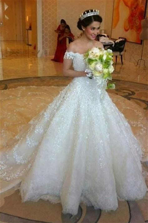Latest Off Shoulder White Ball Gown Wedding Dress Popular