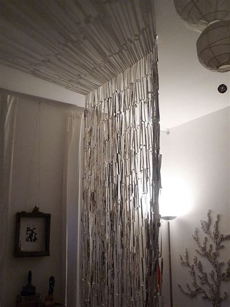 Diy Easy Room Divider Curtain Made From Newspaper Curtain Room Dividers Diy
