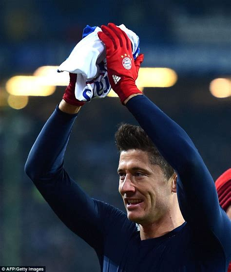 Kfed Turns 25 Million by Bayern Munich S Robert Lewandowski On Jurgen Klopp And Pep