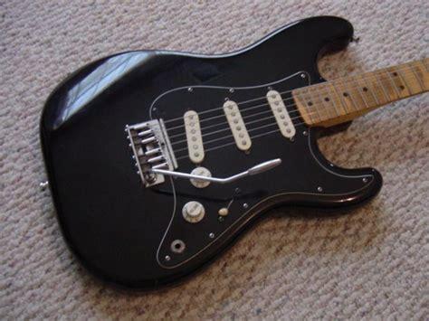 99 guitars 99 1984 fender stratocaster quot 2 knob quot