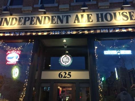 independent ale house building front picture of independent ale house rapid city tripadvisor