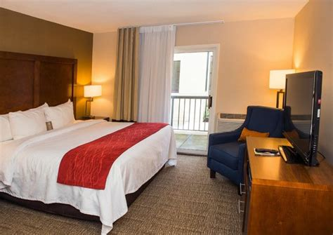 comfort inn and suites erie pa comfort inn suites updated 2017 hotel reviews price