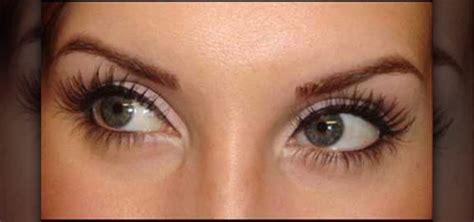 Eyeliner Liquid how to apply liquid eyeliner smoothly and evenly 171 makeup wonderhowto