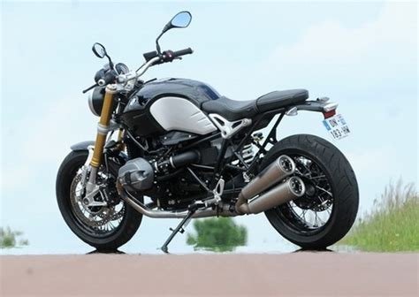 Bmw Motorrad Vs Ducati by Bmw Ninet Vs Ducati Scrambler Motorcycles Bikes Doctor