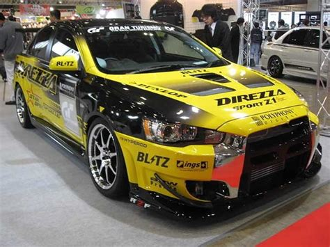modified mitsubishi lancer ex mitsubishi lancer evo x customized by blitz at the 2009