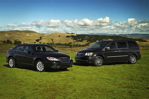 Family Chrysler Jeep Dodge Family Ties Chrysler And Dodge