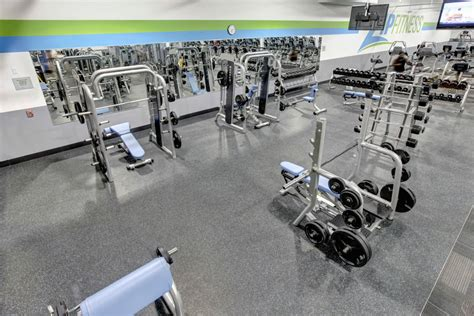 free weights weight affordable chicagoland gyms