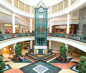 The king of prussia mall located in king of prussia pa is the