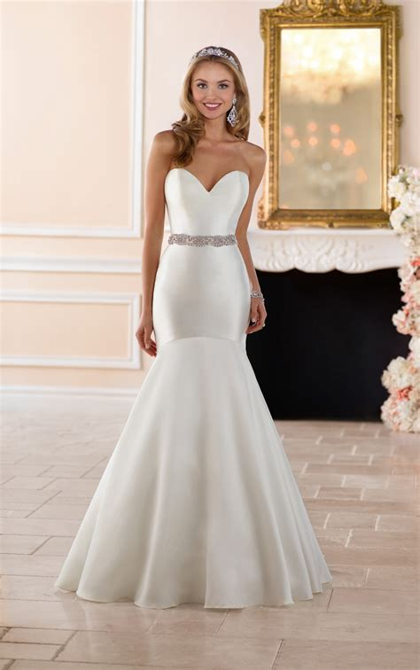wedding dresses curve hugging wedding gown stella york