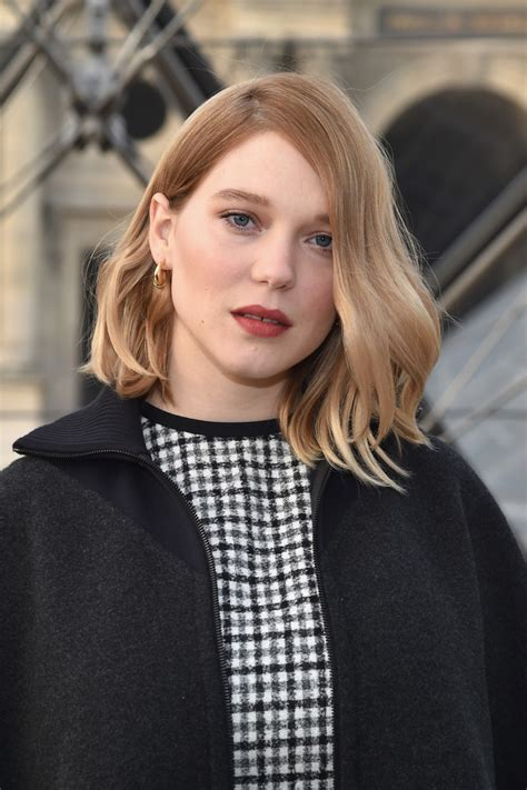 lea seydoux long hair lea seydoux medium wavy cut shoulder length hairstyles
