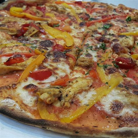 domino pizza uae dominos pizza photos bahrain