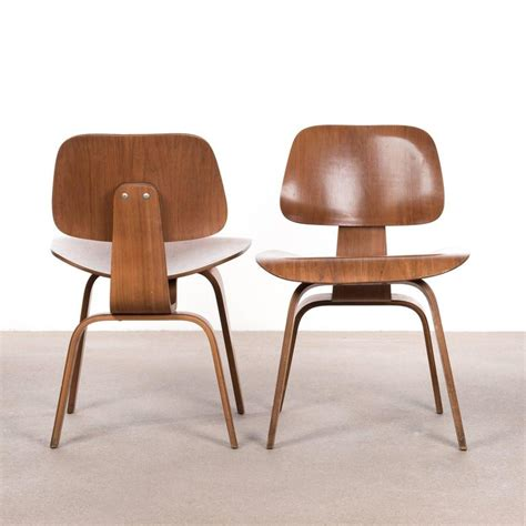 Herman Miller Dining Chairs Eames Dcw Walnut Dining Chair For Herman Miller For Sale At 1stdibs