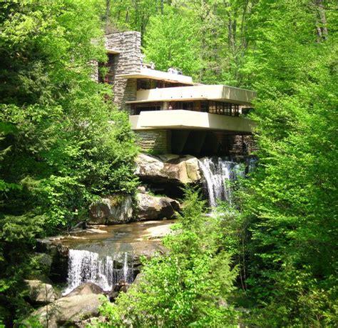 la casa sulla cascata foto di casa sulla cascata casa sulla cascata immagine