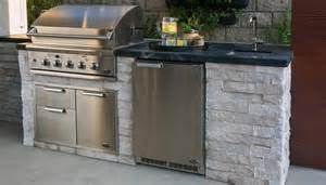 simple outdoor kitchen 5 questions to help you design your outdoor kitchen