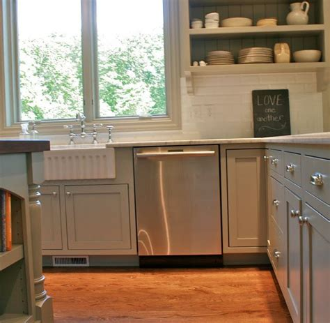 fieldstone kitchen cabinets benjamin moore fieldstone kitchen pinterest