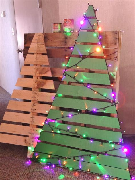 how to put lights on a tree correctly one pallet makes 2 trees just cut pallet
