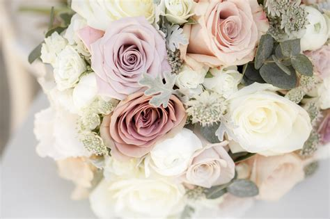 Wedding Flowers Roses by Almonry Barn Wedding Flowers Emily And Christian The