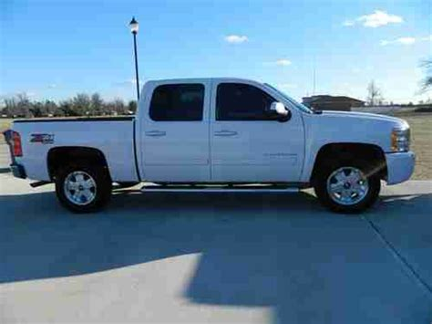 sell used 2011 chevy 4x4 1500 silverado truck