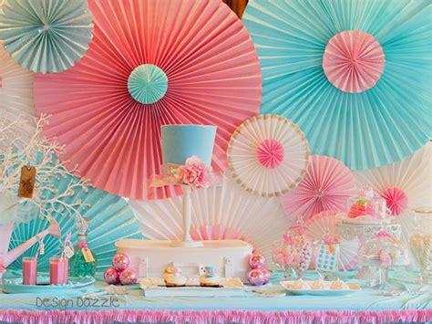 Paper Rosettes - one pretty pin diy paper rosette backdrop paper