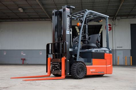 Toyota Material Handling Toyota Introduces 8 Series Forklift Toyota