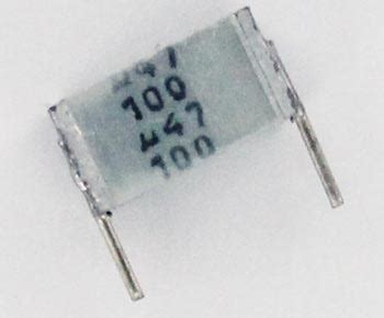 capacitor polyester epcos 0 47uf 100v polyester box capacitor b32561j1474j epcos west florida components
