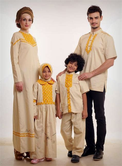 Baju Muslim Untuk Satu Keluarga inilah model baju lebaran tren terbaru madina madani satu