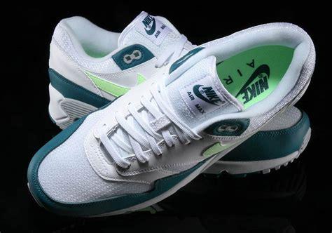 Nike Airmax 90 1 nike przywraca oryginaln艱 kolorystyk苹 quot spruce lime quot do