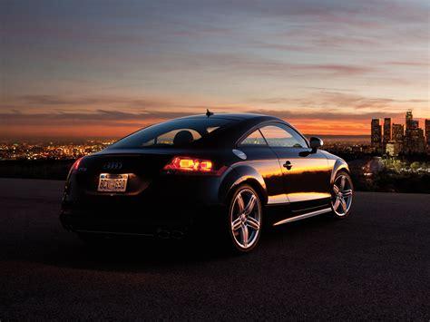 TTS Coupe / 8J / TTS / Audi / Base de données / Carlook