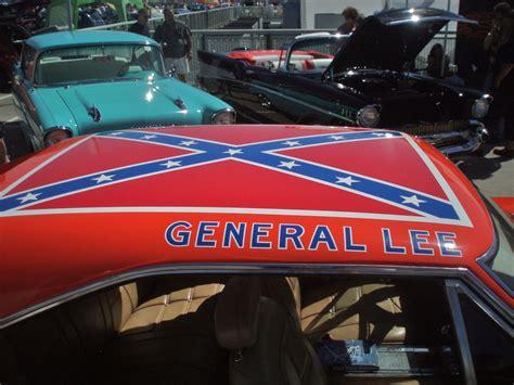 Neues Auto Kennzeichen Behalten by Confederate Monument A New Genre Of Journalism