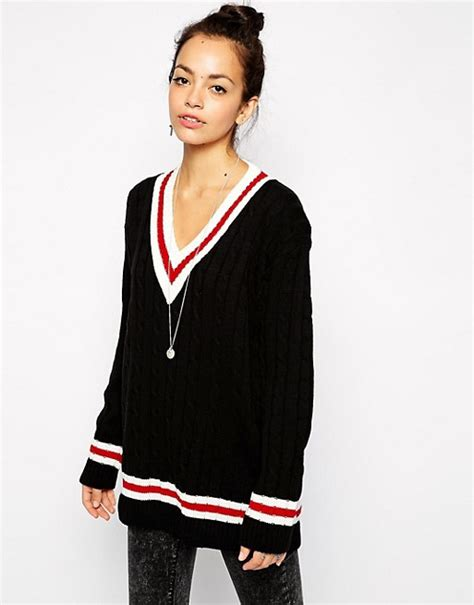 Poll The College Of Fashion For Asos Items Em Or Loathe Em by Glamorous Glamorous Pullover Im College Stil Mit V