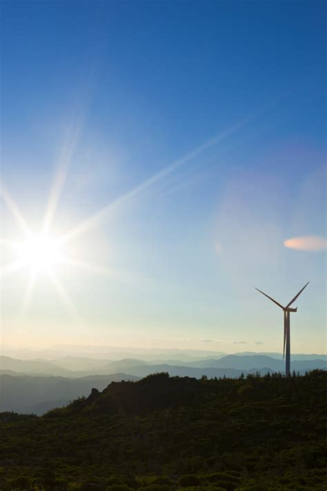 pattern energy british columbia wind power bigger turbines mean greater renewable energy