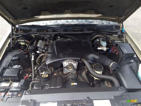 car maintenance manuals 2005 mercury grand marquis engine control service manual 2000 mercury grand marquis ls 4 6 liter sohc 16 valve v8 engine photo 82904829