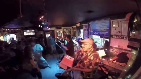 bridgeport rib house bridgeport rib house patchwork horn band youtube