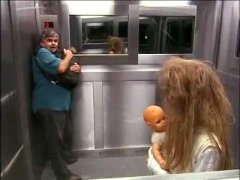 menina fantasma no elevador ghost girls extremely scary pegadinha elevador silvio santos ghost girl elevator