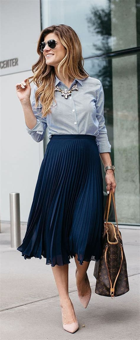 7 Ideas To Convert Summer Clothes To Fall by How To Wear Midi Skirts 20 Summer Fall Midi