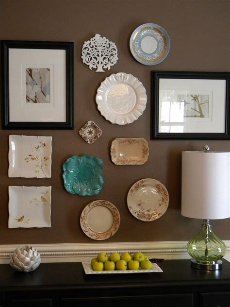 Wall Plate Decor by Plate Wall Decoration For A Dining Room Decoration Ideas