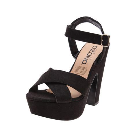 imagenes de sandalias negras con plataforma sandalia negra con plataforma capa de ozono