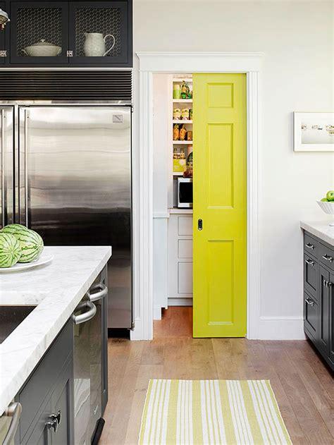 despensa creative fun ways to dress up a pantry door