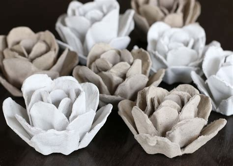 How To Make Paper Mache Roses - upcycle papier mache roses from an egg