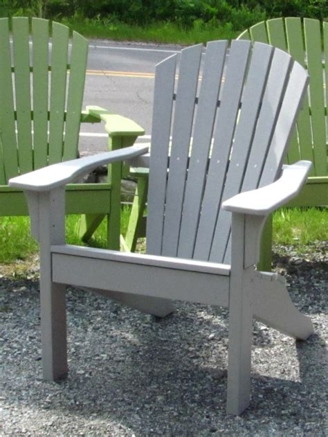 spray paint chairs white how to spray paint a wooden adirondack chair adirondack