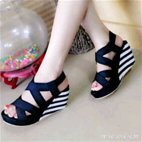 Wedges Fashion Belang model dress terbaru holidays oo