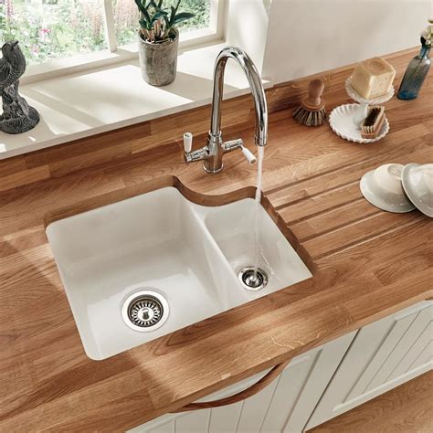 Ceramic Undermount Sink by Lamona Ceramic 1 5 Bowl Undermount Sink Howdens