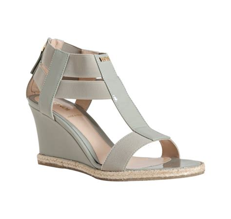 fendi light grey patent leather and elastic wedge sandals