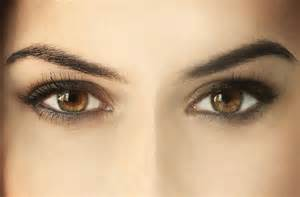 what color eyeliner for brown how to choose the right eyeliner for your eye colour