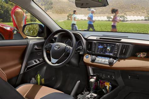 Toyota Or Honda by Toyota Rav4 Vs Honda Cr V Specs Design Pricing And
