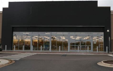 Nordstram Rack by Opening Date Set For Nordstrom Rack In Algonquin Commons