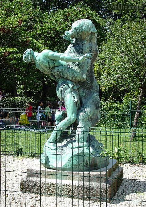 statues de jardin anciennes photos of denicheur d oursons statue in jardin des plantes page 154