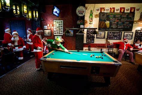wishing   customers   happy christmas   year gcl billiards